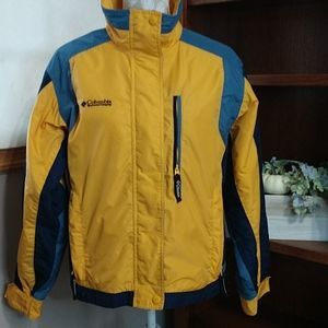 Columbia mid-weight winter coat. Size L